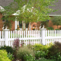 V401-4 Straight Contemporary Picket Fence in White (C101)