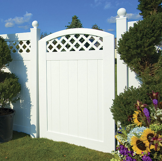 VBG4 ILLUSIONS VINYL FENCE CURVED GATE WITH LATTICE. VBG4 ILLUSIONS VINYL  FENCE CURVED GATE WITH LATTICE