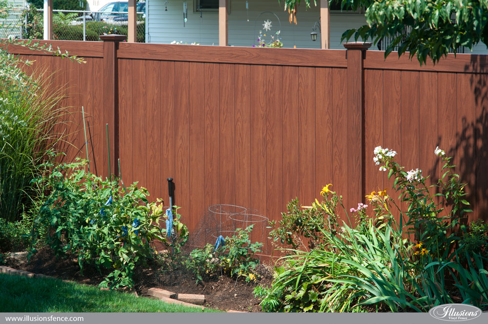 Rosewood Wood Grain Illusions Pvc Vinyl Privacy Fence 0011