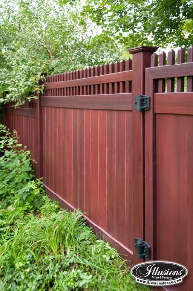 V3700 6 Grand Illusions Vinyl Woodbond Mahogany W101 Privacy Fence