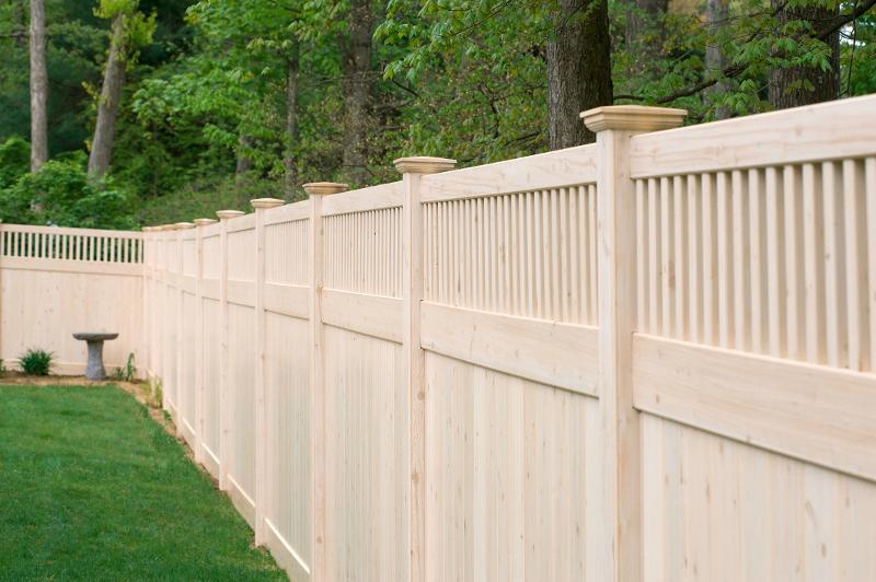 A Grand Illusions Vinyl Woodbond Eastern White Cedar W105 V3701 6 Privacy Fence