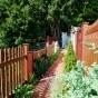 king-fence-outdoor-illusions-fence-display_0005