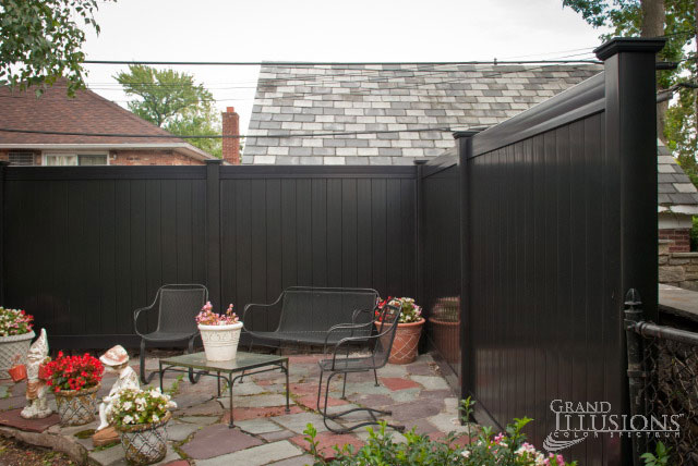 black vinyl privacy fence. there are three available color series in the grand illusions program click for brochure black vinyl privacy fence c