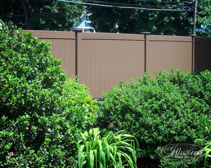 Grand Illusions Color Spectrum Pvc Fence In Brown