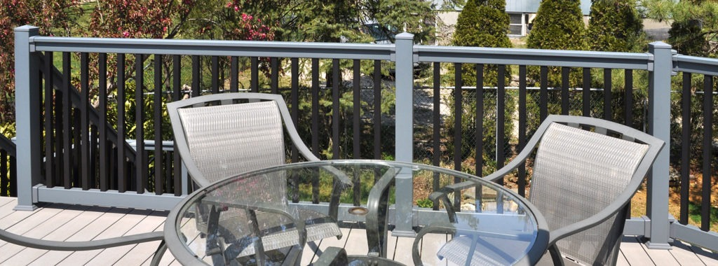 Illusions pvc vinyl gray and black deck railing_0004