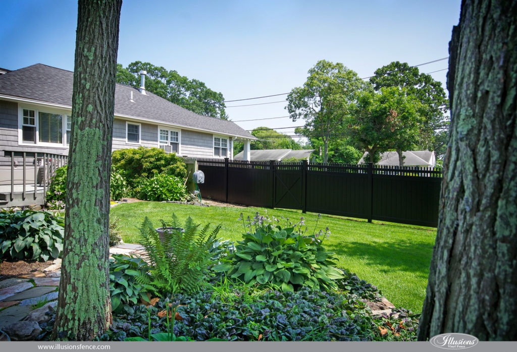 Looking for black PVC vinyl fence? V300-6 Illusions Vinyl Tongue and Groove Privacy Fence with straight top Classic Victorian pickets. Shown in the Grand Illusions Color Spectrum Black (L105). The best fence in the industry is Illusions Vinyl Fence. 35 colors and 5 authentic wood grains of PVC vinyl fencing. #fenceideas #homeideas #yardideas