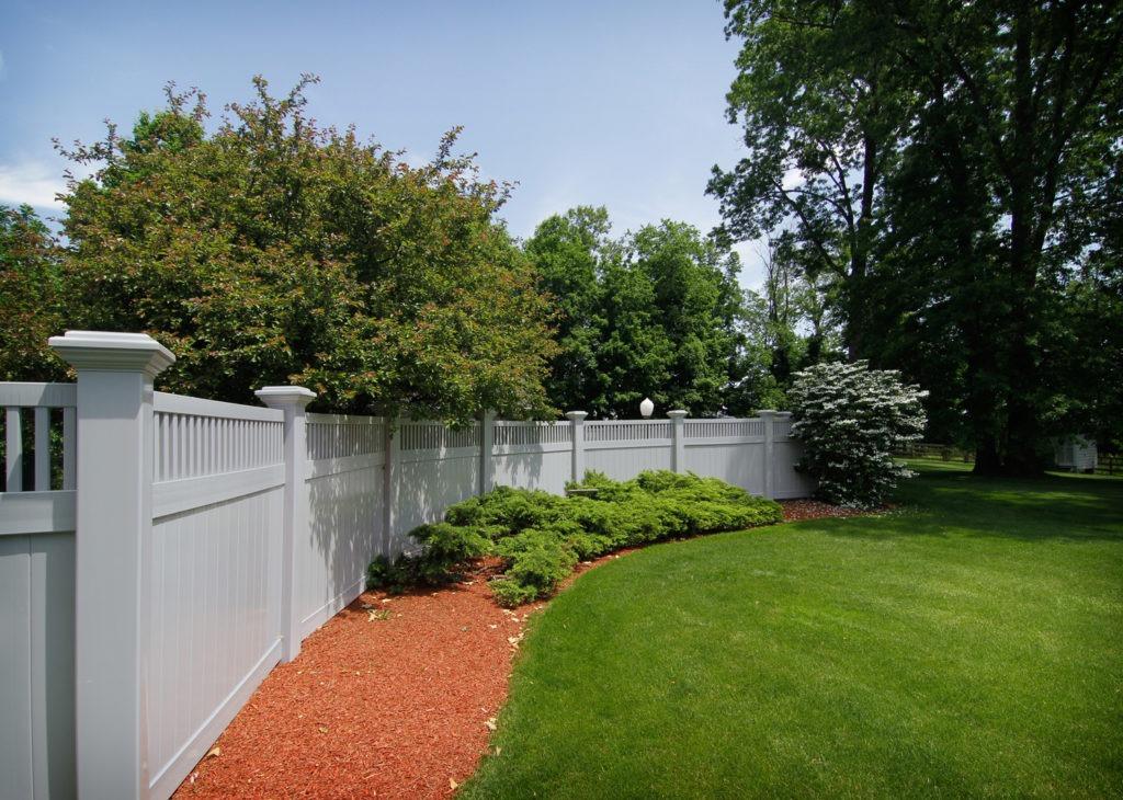 gray pvc vinyl fence_1