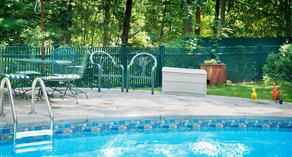 green pvc vinyl picket fence panels 2