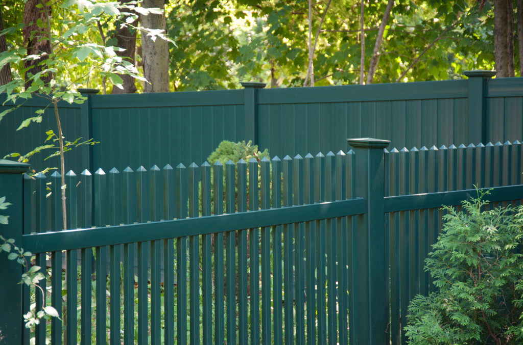 green pvc vinyl picket fence panels 3