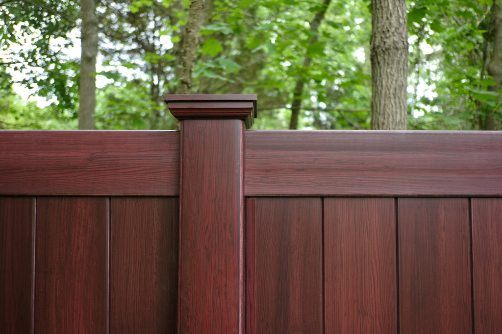 illusions mahogany vinyl privacy fence