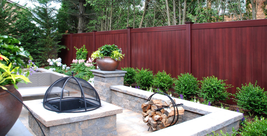 illusions mahogany vinyl pvc wood grain privacy fence_0003