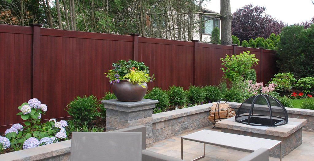 illusions mahogany vinyl pvc wood grain privacy fence_0005