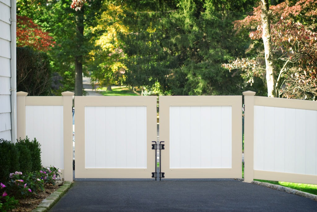 illusions pvc vinyl beige and white privacy drive gate panels