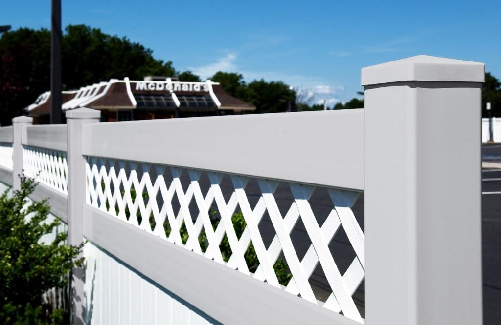 illusions pvc vinyl fence installed at mcdonalds