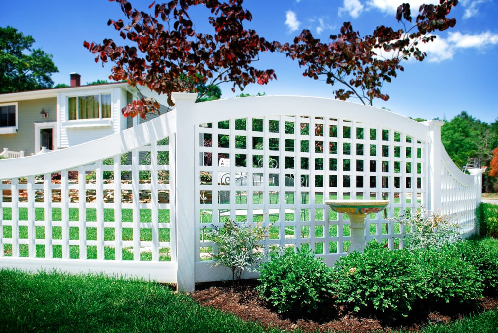 illusions pvc vinyl lattice curved fencing panels