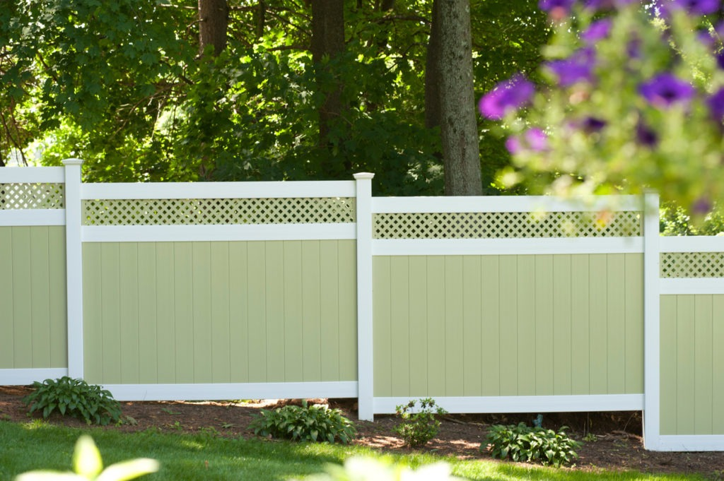 illusions pvc vinyl light green ans white privacy fence 5