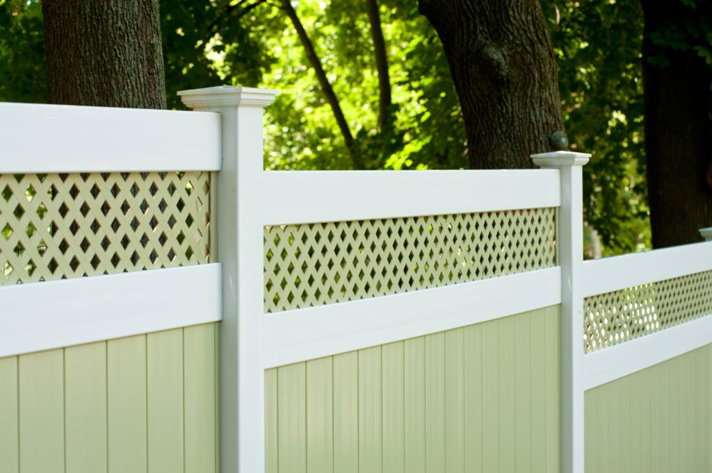 illusions pvc vinyl light green ans white privacy fence 6