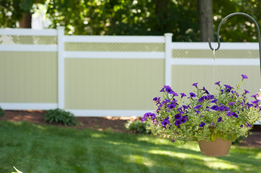 illusions pvc vinyl light green ans white privacy fence 7