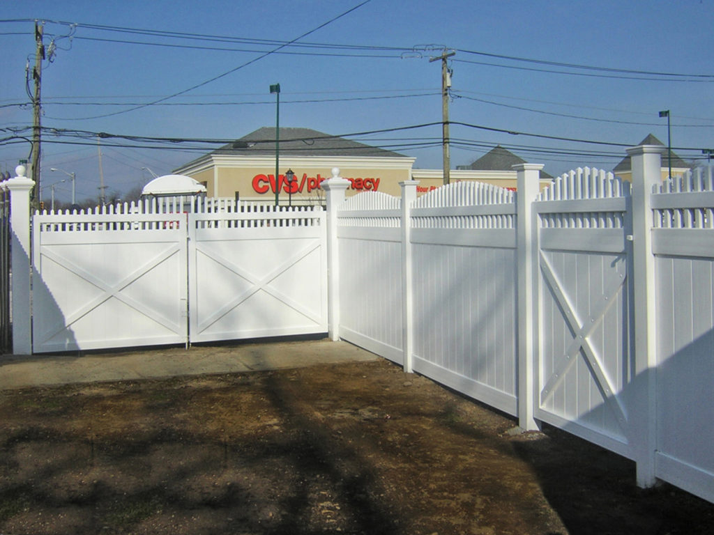 illusions pvc vinyl privacy fence at a cvs pharmacy