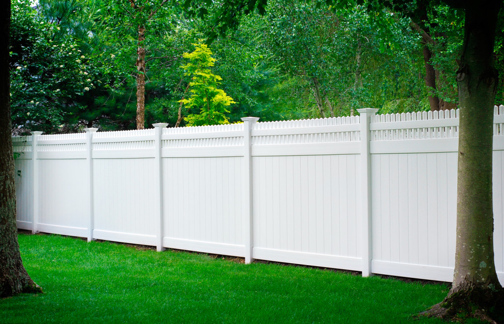 illusions pvc vinyl privacy fence white panels