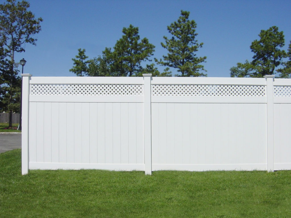 illusions pvc vinyl privacy fencing panels lattice topper