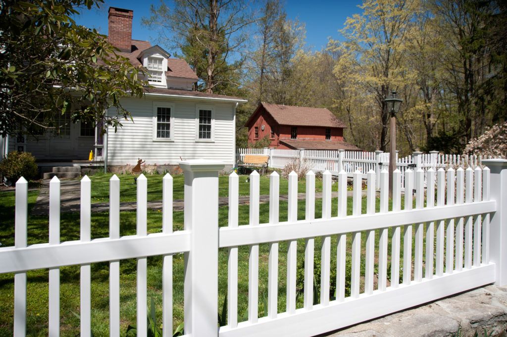 illusions pvc vinyl white picket fence 1