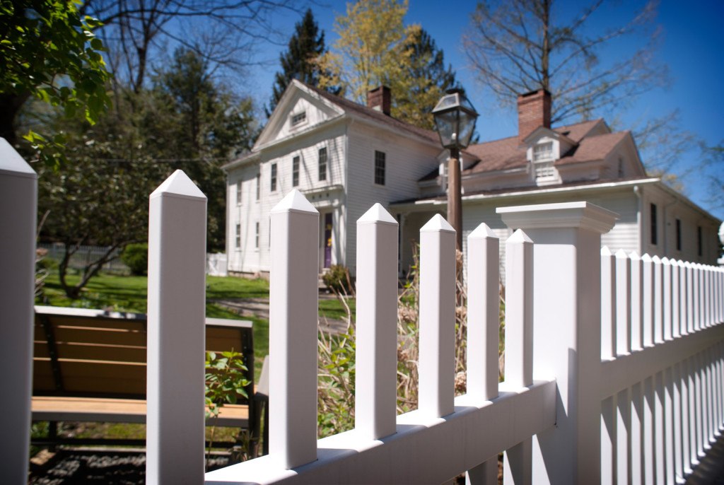illusions pvc vinyl white picket fence 4