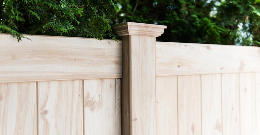 illusions-pvc-vinyl-wood-grain-fencing-panels-6