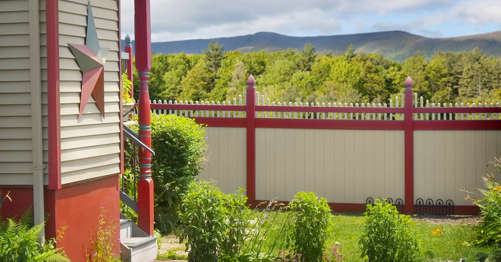 illusions-red-and-tan-vinyl-fence