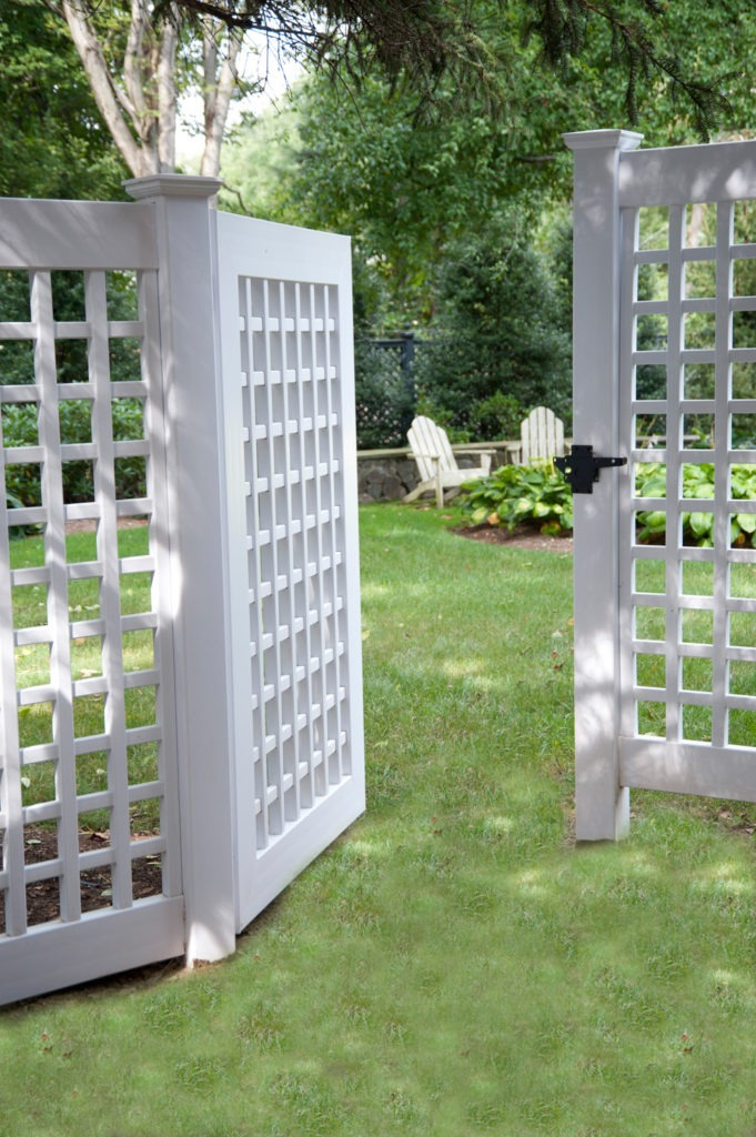 illusions vinyl pvc lattice fence panels and gate 4