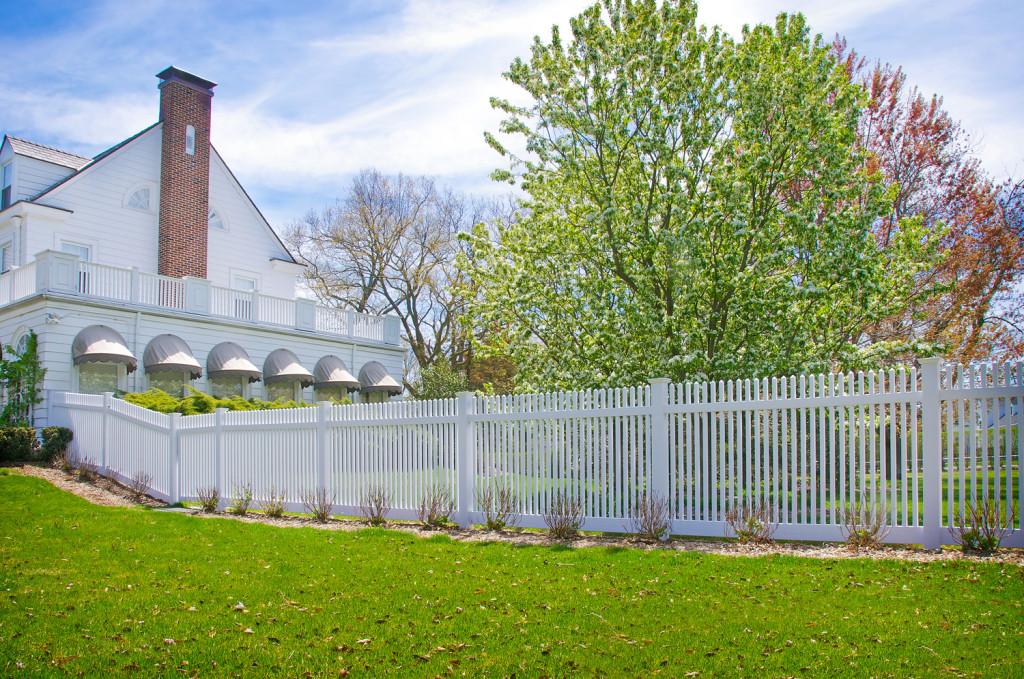 illusions vinyl pvc white picket fence panels