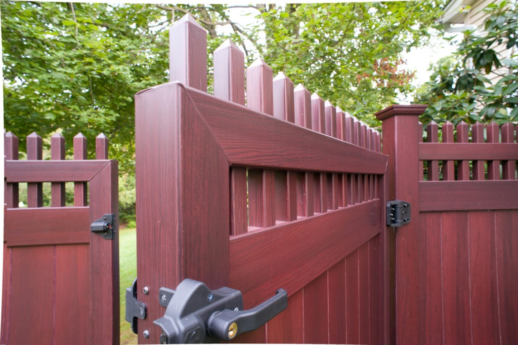 mahogany wood grain pvc vinyl privacy fence illusions gates 3