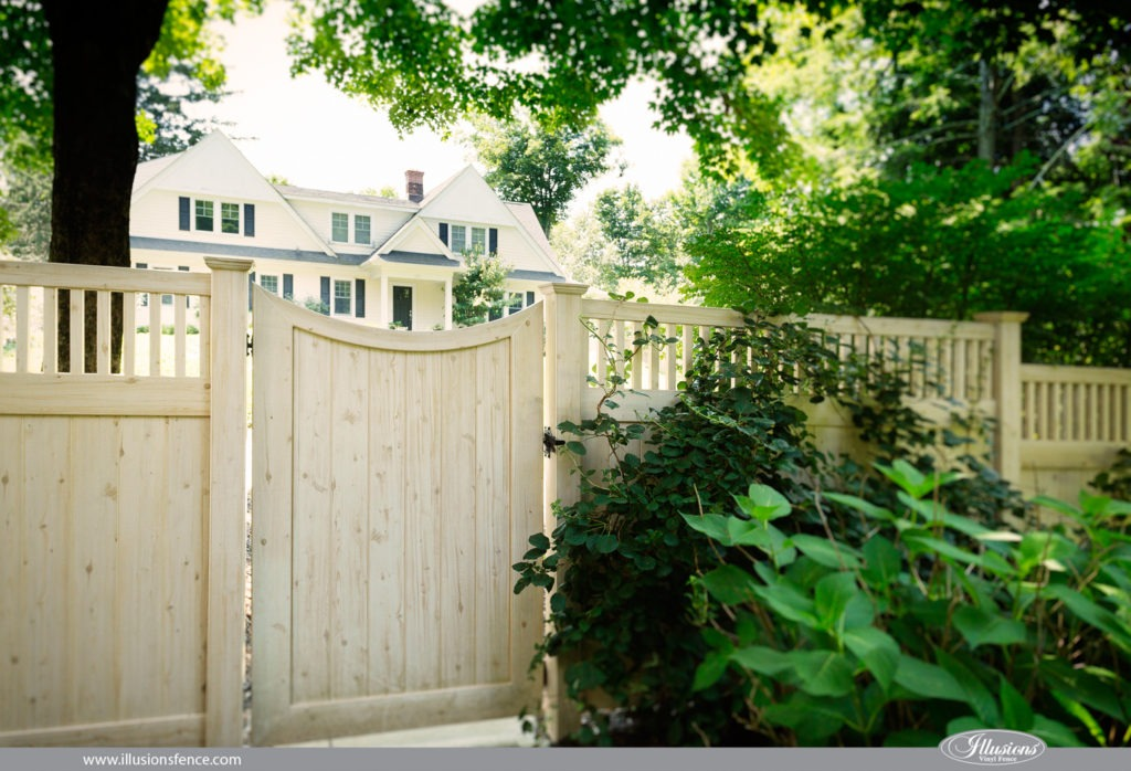 vinyl wood fence white cedar pvc