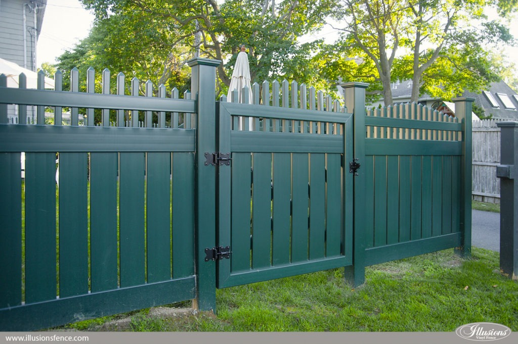dark green pvc vinyl fence gate from illusions