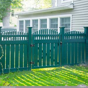 Dark Hunter Green PVC Vinyl Semi-Privacy Fence by Illusions Vinyl Fence. Style V5708-4E117 Semi-Privacy Fence with Victorian Crowned Pickets. #fenceideas