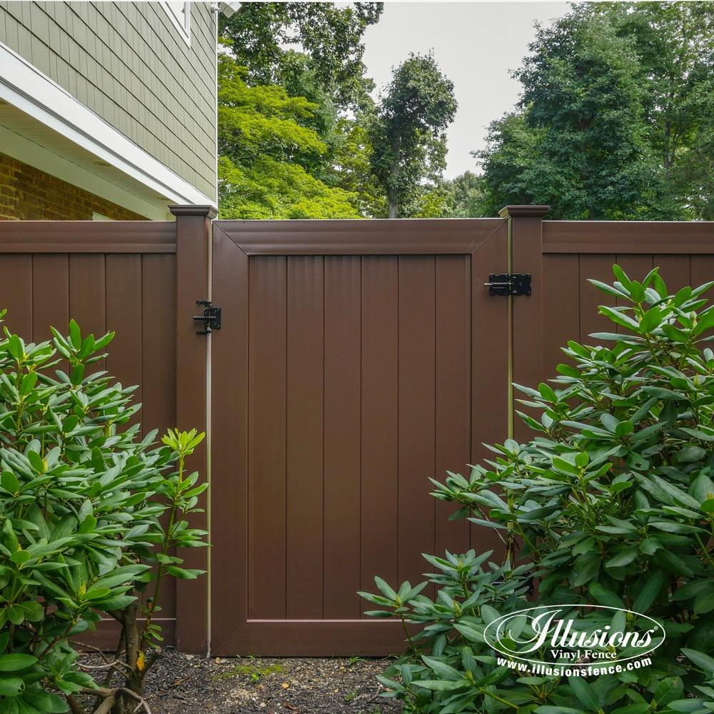 Brown vinyl privacy fence Brown Plastic Beautiful Brown Illusions Vinyl Fence Is The Best Brown Pvc Vinyl Fence Available brown Illusions Vinyl Fence 16 Gorgeous Brown Illusions Vinyl Fence Images Illusions Vinyl Fence