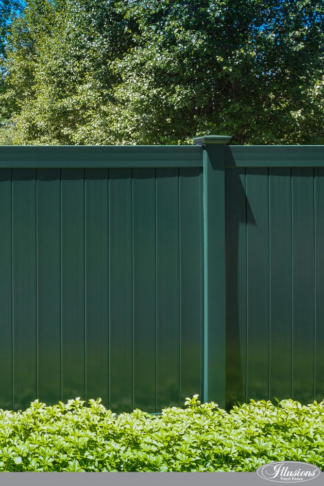 Stunning Hunter Green PVC Vinyl Tongue and Groove Privacy Fence from Illusions Vinyl Fence. #fenceideas #homeideas #backyardideas #fence