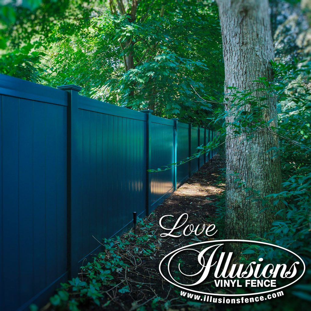Got to love this gorgeous Illusions V300-6 tongue and groove vinyl privacy fence in Hunter Green #fence #fences #fencing #vinylfence #vinylfencing #fencepanels #fenceideas #homeideas #homedecor #backyardideas #privacyfence #privacyfences #poolfence #poolfences #longisland #longislandny #newyork #connecticut #rhodeisland #massachusetts #connecticut #pennsylvania #newjersey #fencecompany #bestfence #fencecontractor #fenceinstaller #yardfence